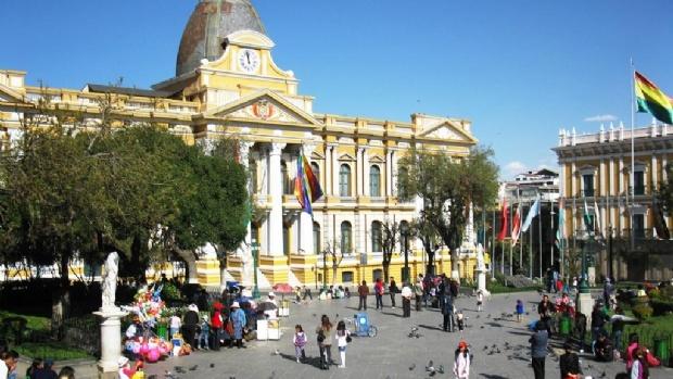 Bolivian Government working on online regulation - Games ...