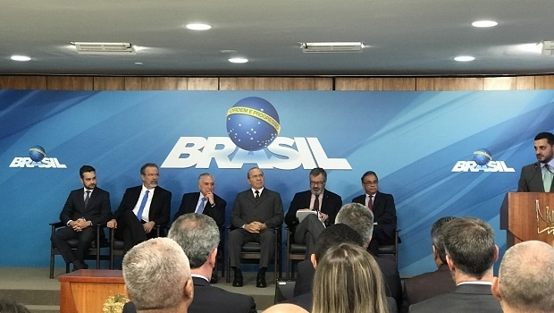Brazilian President signs bill to transfer resources from sports lotteries to safety