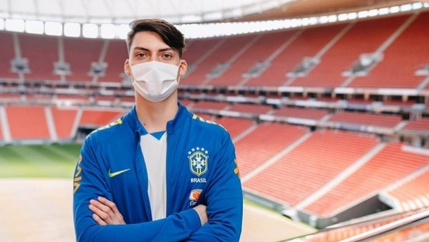 "eSports sector reacts to Bolsonaro's son lobby: ""Does not represent the industry"""